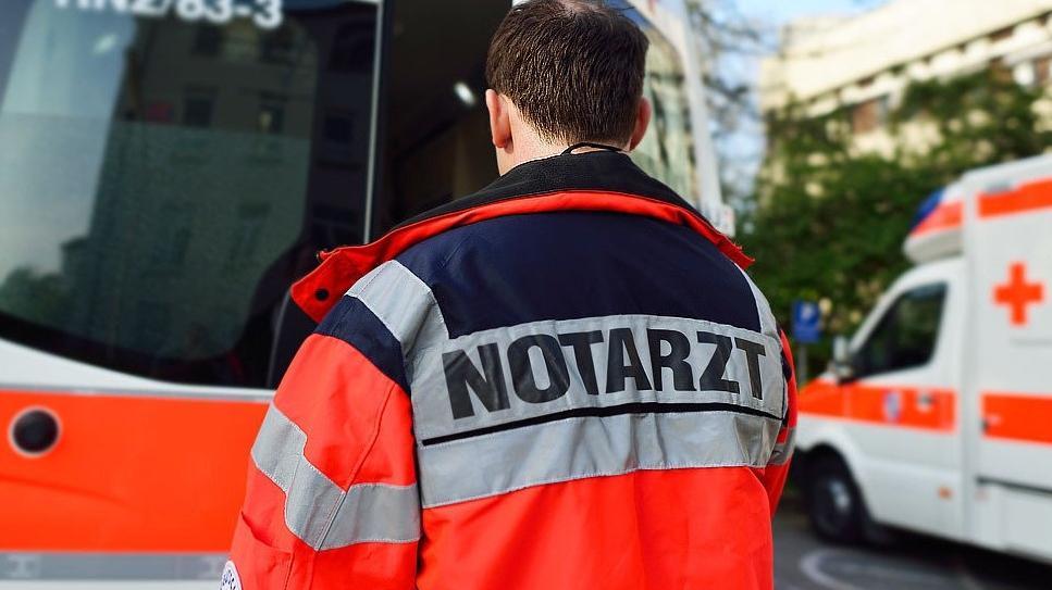 Ein Zweijähriger ist am Dienstag in Ludwigschorgast in einem Wasserbecken ertrunken.