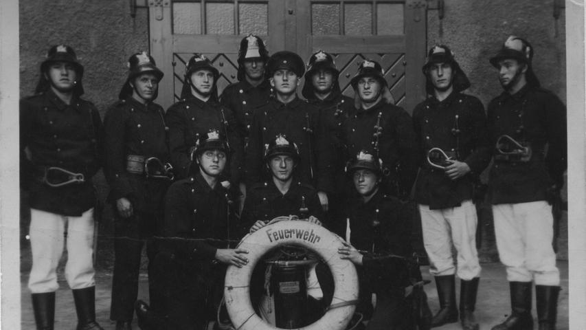Volles Rohr: Hier sind seit 110 Jahren Fürths Brandschützer am Werk