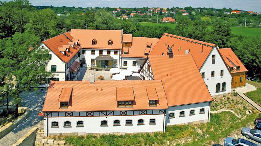 ...die Kohlenmühle in Neustadt an der Aisch. Neben Schäufele aus der Region gibt es hier auch verschiedene Biersorten aus der hauseigenen Brauerei.