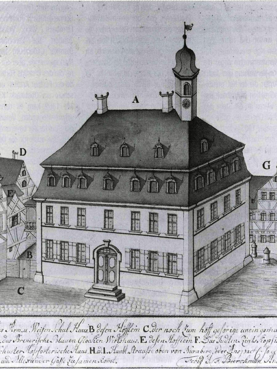 Am Obstmarkt befand sich von 1767 bis 1861 auch eine Armen- und Waisenschule. Es war vermutlich die erste öffentliche Schule in Fürth. Auch Mädchen wurden hier unterrichtet, in