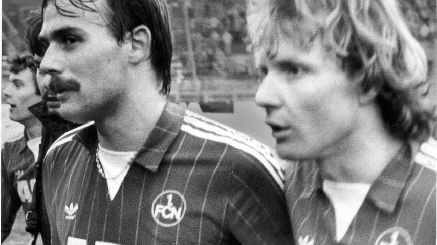 Auf Platz eins: Natürlich ein Abwehrspieler. Thomas Brunner (links) ist mit 420 Partien für den Club unangefochten an der Spitze dieser Rangliste. Auch er war beim DFB-Pokalfinale von 1982 dabei und erlebte dort ein kleines Trauma. Der Rekordspieler des 1. FC Nürnberg gewann nie einen Titel.