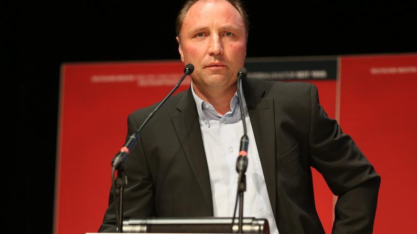 Marc Oechler ging mit dem Club bis in die Regionalliga. Auch dank dem Offensivquirl stieg der FCN 1997 wieder in die Zweite Bundesliga auf und schaffte sogar ein Jahr später den direkten Durchmarsch in Liga eins. Der Aufsichtsrat von 2007 bis 2011 kommt auf insgesamt 286 Einsätze für den 1. FC Nürnberg.