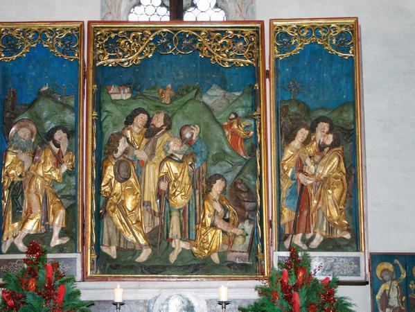 Der Freundeskreis Allerheiligenkirche informiert über die spätmittelalterliche Stiftung des Gotteshauses in Kleinschwarzenlohe mit seiner reichen Ausstattung, unter anderem einem Altar von Tilman Riemenschneider.