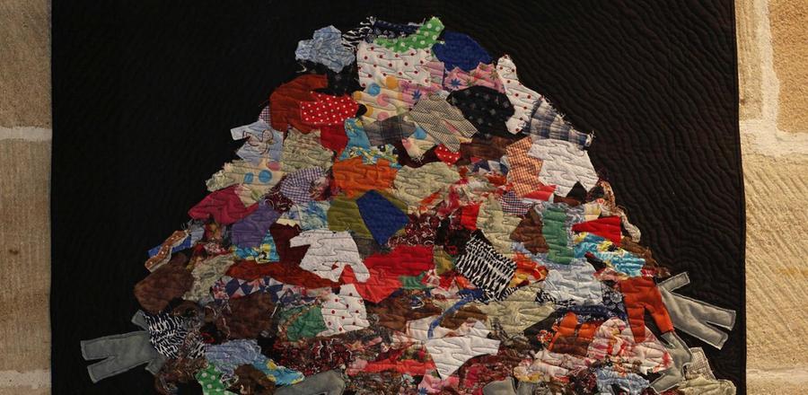 Stoff zum Nachdenken - Textilausstellung zu Arbeitsbedingungen in der Welt