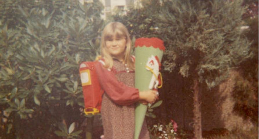 Wiederum zwei Schuljahre später begann für die jüngere Tocher Andrea der Ernst des Lebens.