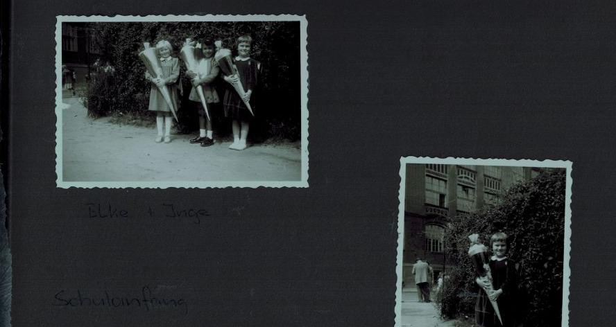 Ursula Kulla aus Nürnberg schaut sich auch heute noch gerne die zwei Bildchen von ihrer Einschulung 1955 an.
