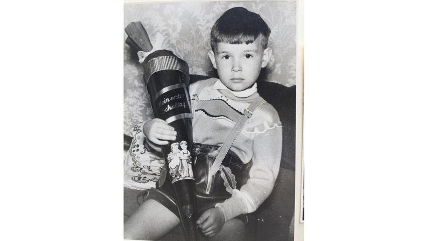 Norbert Schürgers entschied sich zum Schulstart im Mai 1960 für die klassische Lederhose.