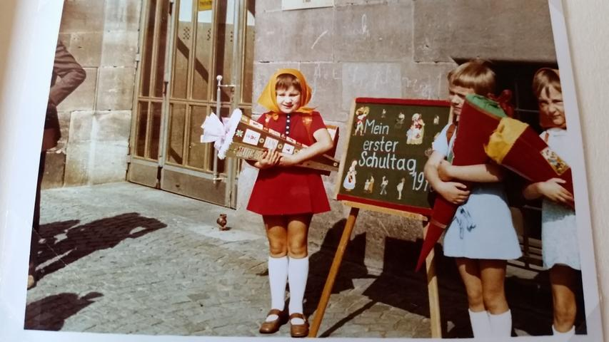 Cerstin Seiler (links) ging ab dem 10. September 1970 in die Paniersschule.