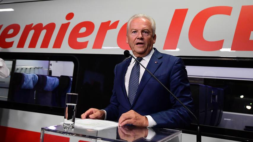 Ruediger Grube, chairman of German railway operator Deutsche Bahn, speaks to journalists during the official presentation of the company's new ICE 4 high speed train on September 14, 2016 in Berlin..Deutsche Bahn is presenting the new, fourth generation model of it's Inter City Express (ICE) high speed train, that the company plans to put into servic in December 2017. / AFP PHOTO / TOBIAS SCHWARZ