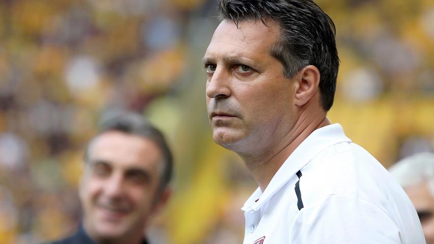 In seinem ersten Spiel als Club-Coach holte Alois Schwartz einen Punkt in Dresden. Lange Zeit sah es nach einem FCN-Sieg beim Aufsteiger aus, in der 94. Minute kassierte die Schwartz-Elf aber den Ausgleich.