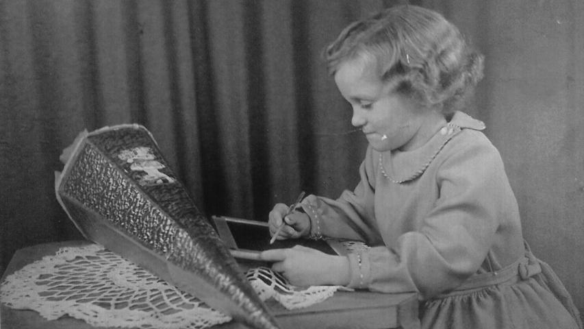 Motiv: Einschulung 1957 - NN-Leserfoto: Gertrud Lutz