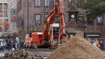 Eine Baustelle vor der Lorenzkirche (Archivfoto): So gewaltig wird die