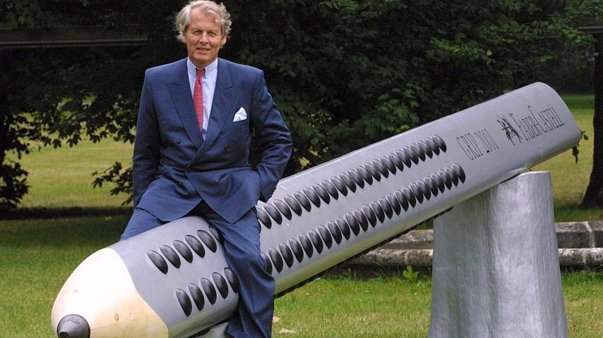 Als Nachfolger übernahm Anton-Wolfang Graf von Faber-Castell, der Sohn von Roland, das Unternehmen in achter Generation. Als alleiniger Geschäfstführer baute er es noch weiter aus.
