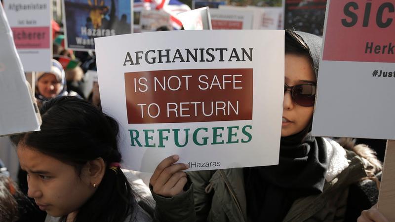 Zum zweiten Mal wurden mehrere Flüchtlinge aus Deutschland nach Afghanistan abgeschoben.