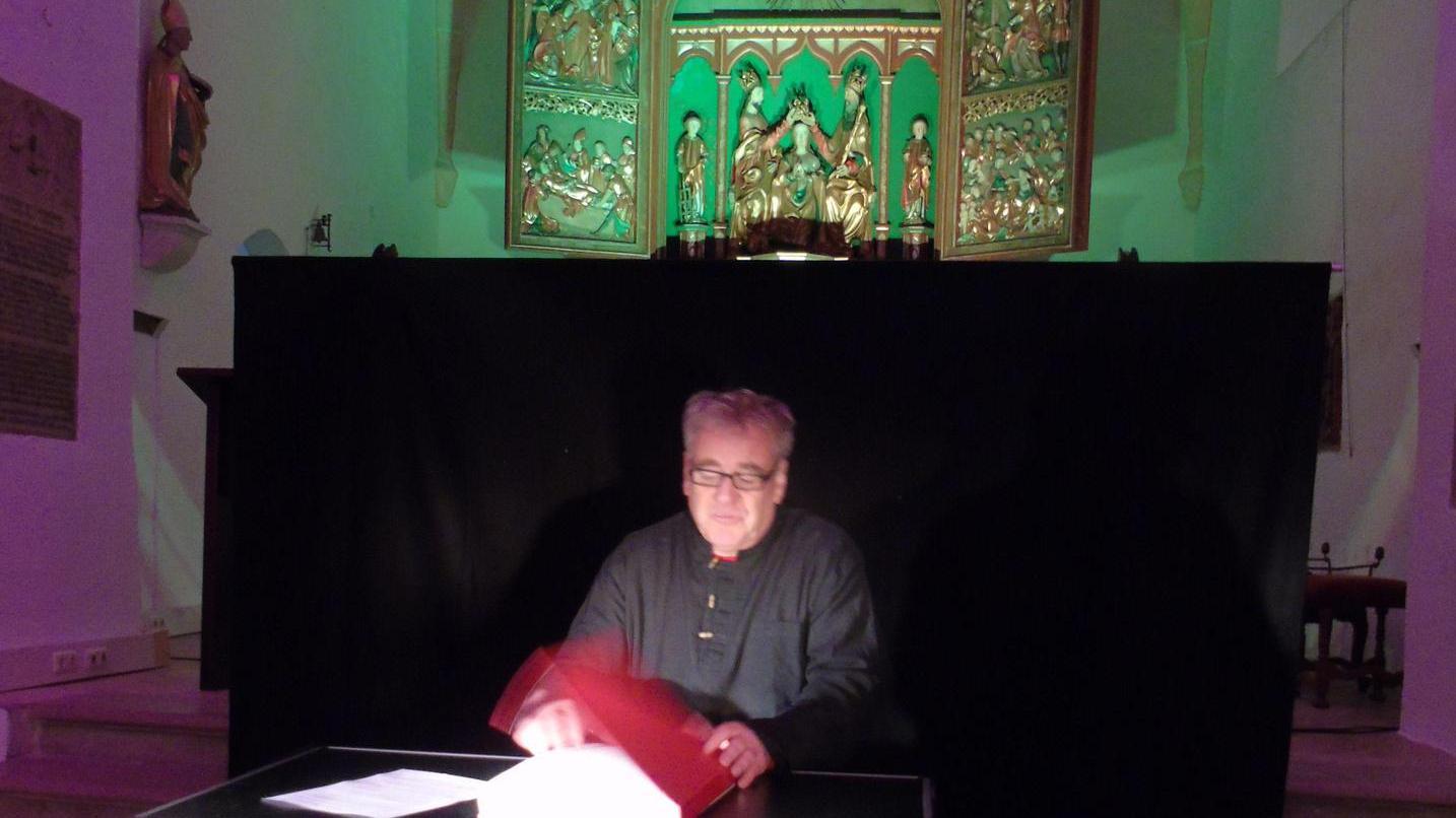 Bernd Bischoff verblüffte seine Zuhörer mit Bibelstellen.