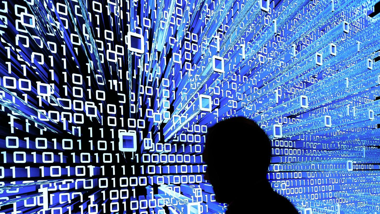"""Auf den beiden Zahlen null und eins basiert die ganze moderne Computertechnik. Um Gottfried Wilhelm Leibniz, der 1705 das Binärsystem wissenschaftlich beschrieb, geht es auch in der neuen Vortragsreihe """"Die Welt der Bits und Bytes""""."""