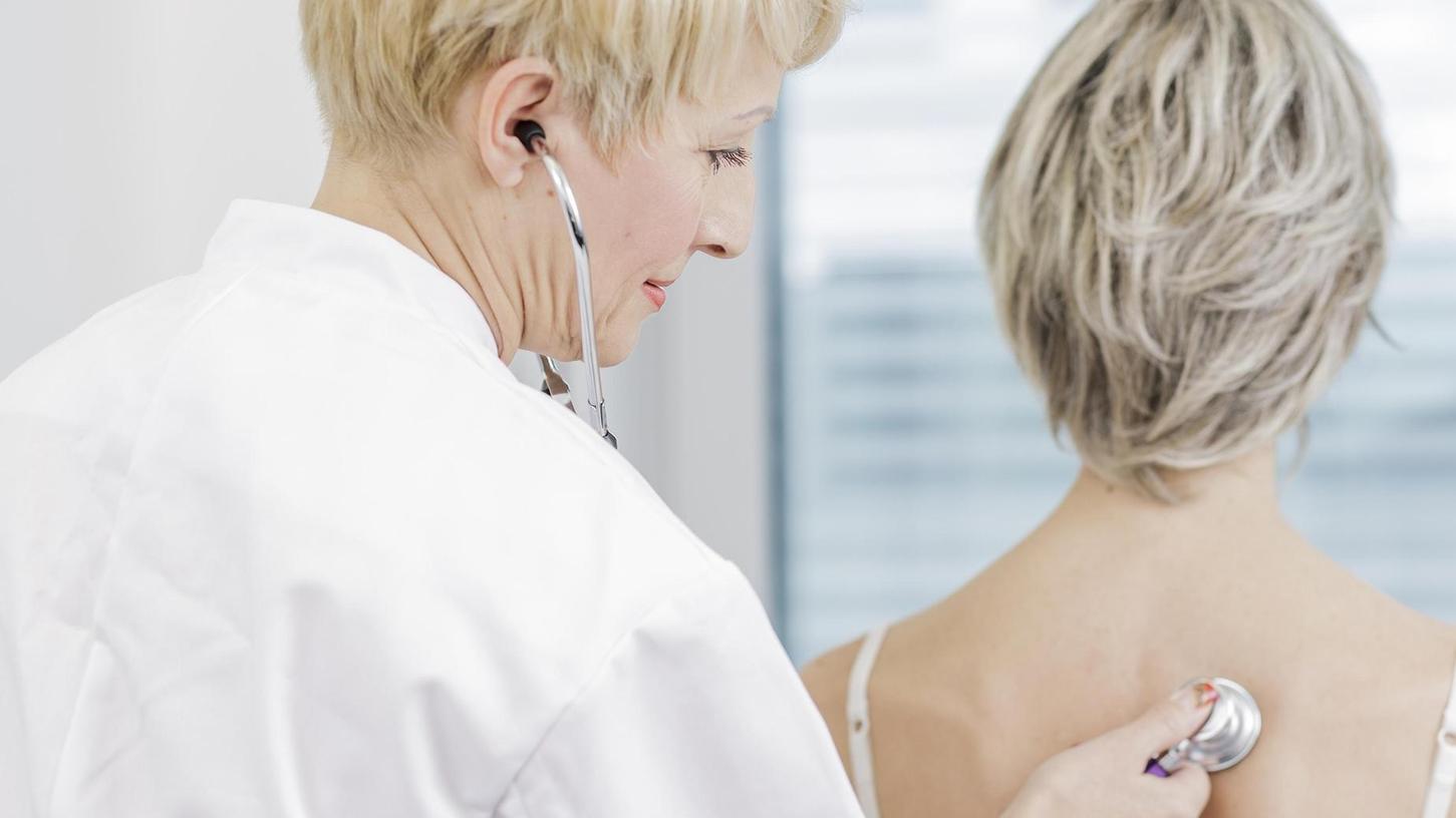 Wieder mehr Mediziner für eine Zukunft als Hausarzt begeistern, will der neue Weiterbildungsverbund Allgemeinmedizin des Klinikums Fürth und des Medic-Centers Nürnberg, eines Verbunds von über 50 regionalen Fachärzten.
