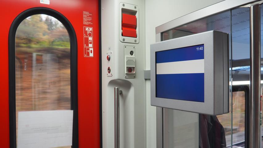 Aktuelle Anschlusszüge sollen künftig auf Monitoren bei den Türen angezeigt werden.