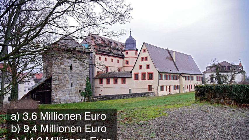 Ab 1998 wurden an der Kaiserpfalz in Forchheim umfangreiche Sanierungsarbeiten durchgeführt. Seit 2004 steht sie wieder der Öffentlichkeit zur Verfügung.