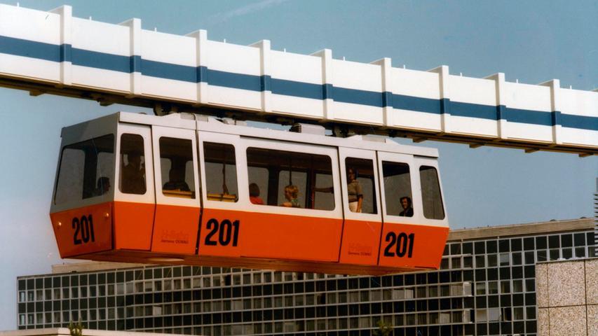 In den 1970er Jahren arbeitete das Unternehmen erneut an einer Hochbahn. Auf einer 1,5 Kilometer langen Strecke auf dem Werksgelände in Erlangen testete man die Bahn.