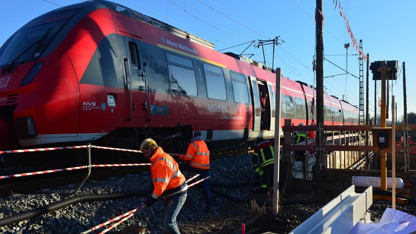 Rund 400 Fahrgäste evakuiert: Bahn-Chaos in Erlangen