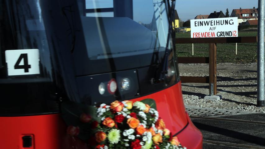 VAG feiert: Straßenbahnlinie 4 und Haltestelle Am Wegfeld eröffnet