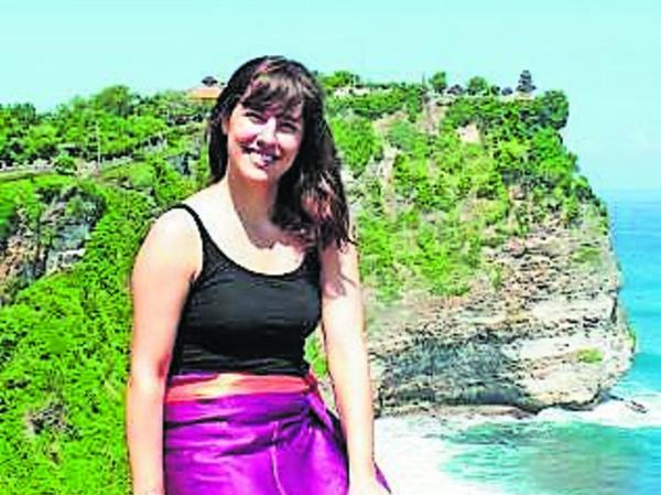 Linda bei einem Ausflug nach Bali.