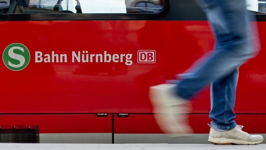 Ein wichtiges Jahr: 2010 werden zahlreiche S-Bahn-Linien neu in das Netz aufgenommen – nach Ansbach, Neumarkt und Bamberg, die Strecke nach Lauf wird bis Hartmannshof verlängert. Das S-Bahn-Netz wächst mit einem Schlag von 67 auf 224 Kilometer.