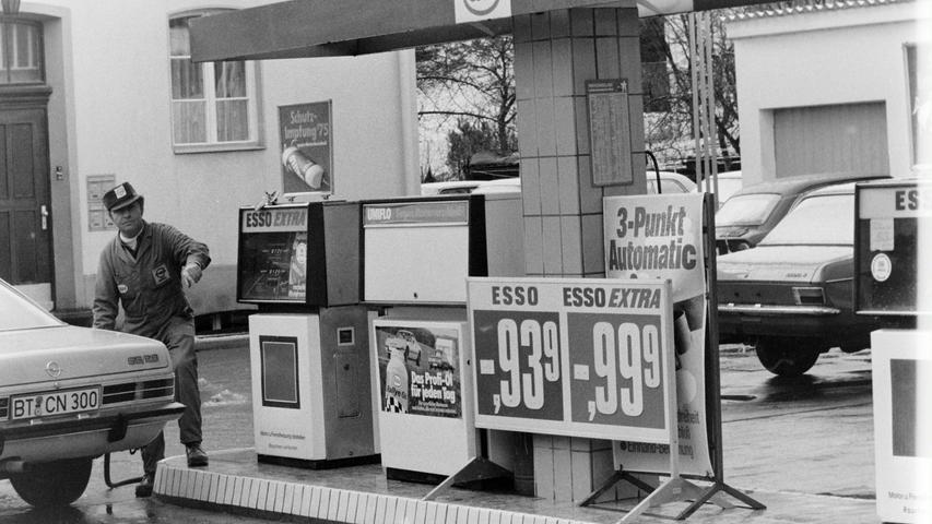 In der Nürnberger Straße betrieb einst Hermann Fuchs ein Autohaus mit einer Esso-Tankstelle.