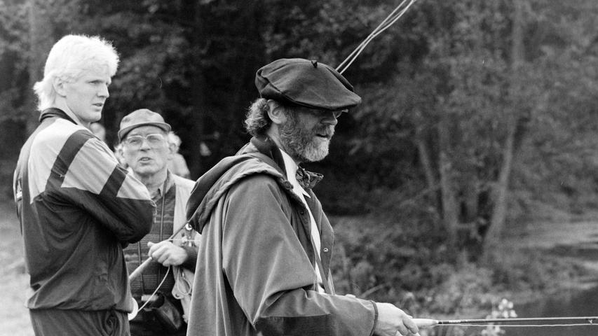 PPP-Chef Andreas Pflaum und Stefan Effenberg beim Fliegenfischen an der Pulvermühle bei Waischenfeld. Foto: NN-Archiv