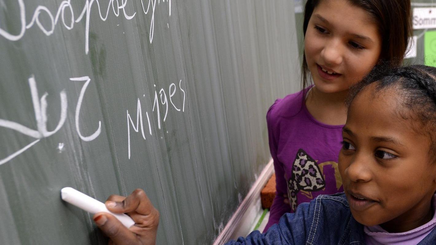 Die eigene Sprache pflegen und die des Gastlandes lernen, das sollen Zuwanderer auch im Landkreis.