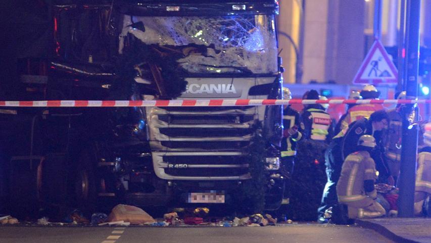 Zwölf Tote bei Anschlag auf Berliner Weihnachtsmarkt