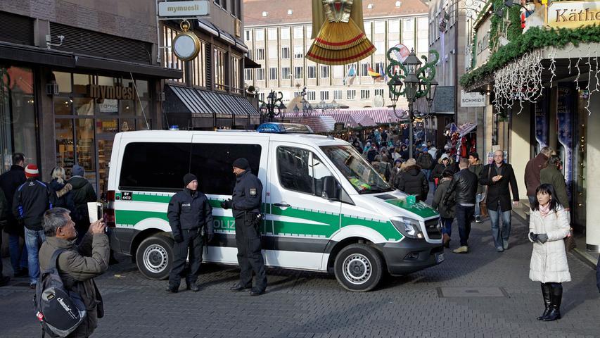 Nach Berliner Attentat: Bedrückte Stimmung auf dem Christkindlesmarkt