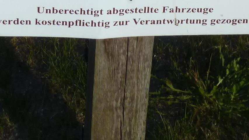 Gesehen auf einem Parkplatz auf Rügen.