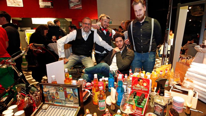 Redaktion: Erlanger Nachrichten..Foto: Edgar Pfrogner..Motiv: E-Werk Erlangen, 2. Beer Market, Barbier