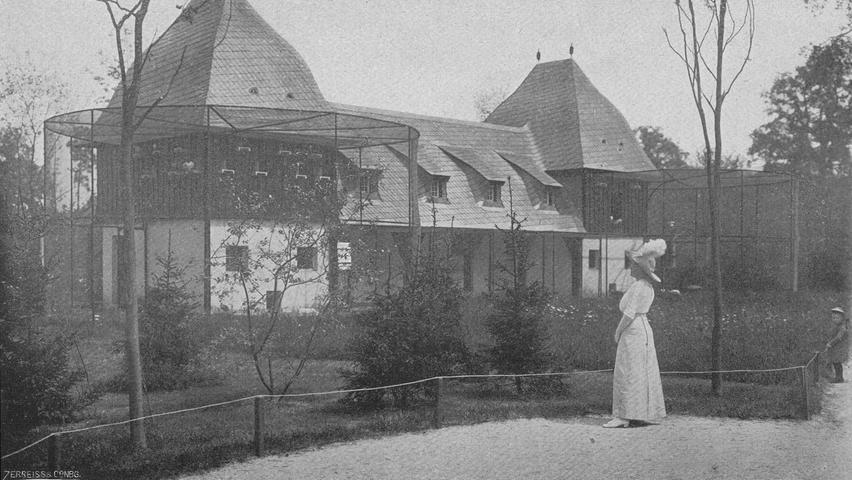 Im alten Nürnberger Tiergarten am Luitpoldhain gab es auch schon ein Hühner- und Taubenhaus zu bestaunen.