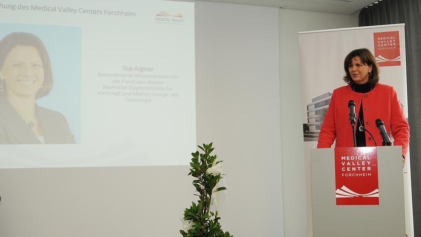 Ilse Aigner setzt große Hoffnungen in das Innovationszentrum: Bis Ende 2017 sollen 90 Prozent der 2370 Quadratmeter vermietet sein.