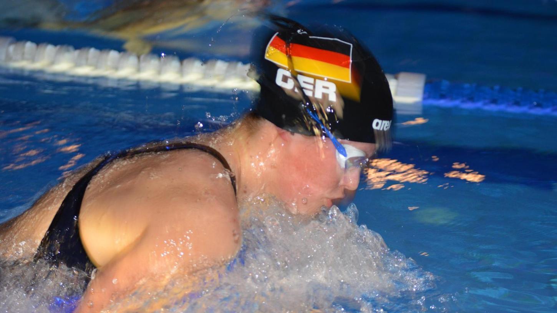 Die Sportler der Schwimmfreunde Pegnitz schnitten bei den Wettbewerben in Münchberg und Selb gut ab. Katharina Bode (Bild) errang zwei oberfränkische Meistertitel.