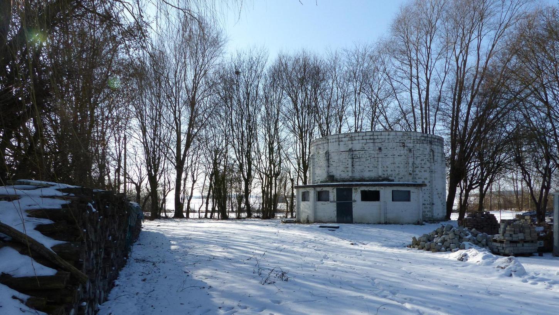 Auf dem Gelände der alten Kläranlage soll der Tropfkörper (Rundbau) samt neuem Pavillon Mittelpunkt der Erkläranlage werden.