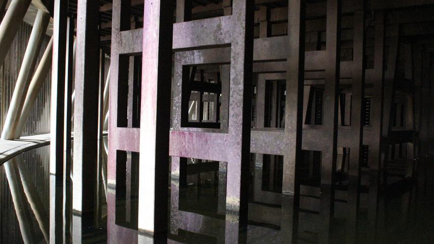 So sieht das Innere des Kühlturms im Kernkraftwerk Grafenrheinfeld aus.