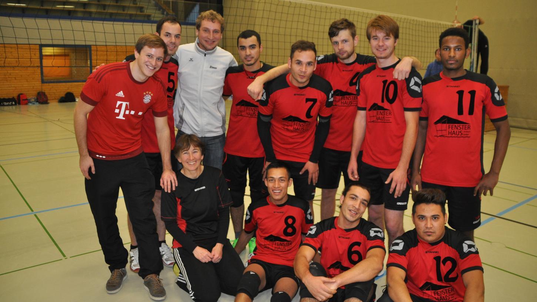 In Ansbach spielt Mohammad Volleyball. Sein Team hofft auf seinen Verbleib in Deutschland.