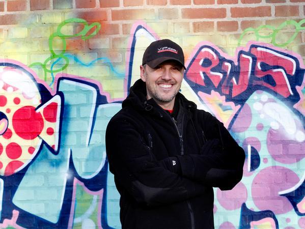 SAMSON Foto: Eduard Weigert Datum: 29.12.16..SamSo trifft den Stuntman Matthias Schendel