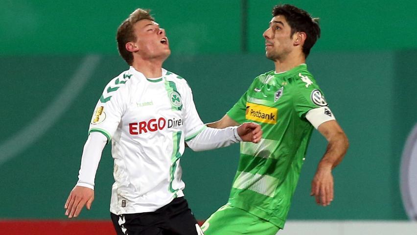 Der Youngster kämpfte sich Mittelfeld ab. Trotz aller Einsatz- und Laufbereitschaft tat sich das Talent dennoch schwer, in der Vorwärtsbewegung griffige Gladbacher aufzuhalten. Redaktion: 4   kicker: 4,5   User: 3 (79 Stimmen)