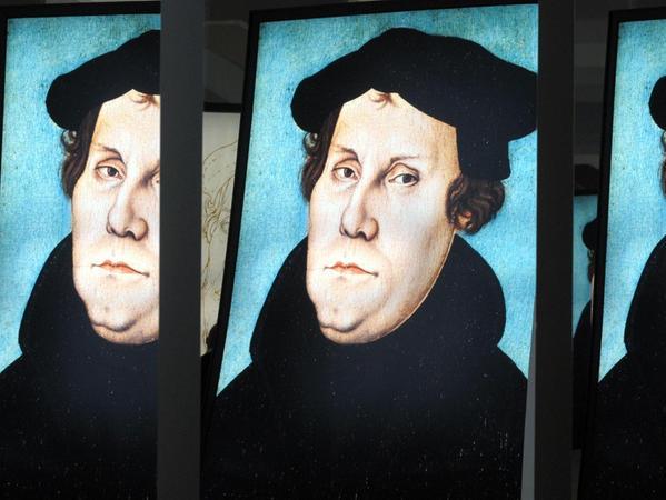 Eine vielschichtige Gestalt: Das Bild des Reformators Martin Luther spiegelt sich in einer Ausstellung zu seinem Wirken.