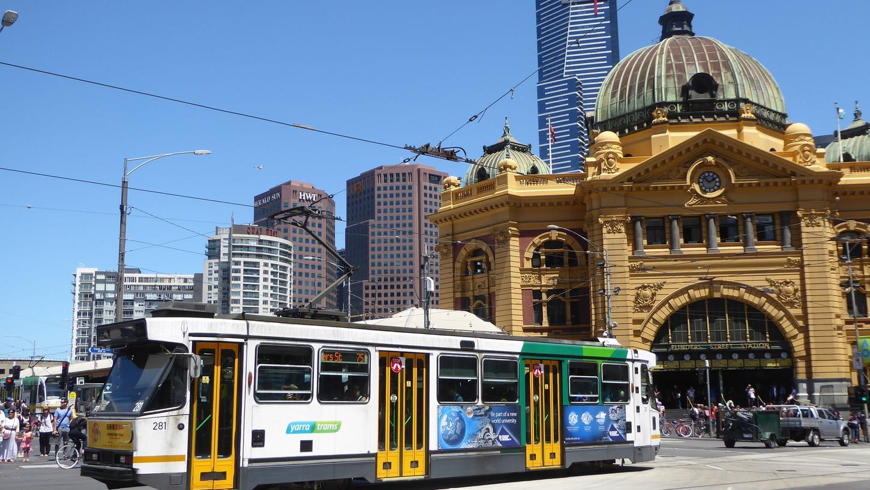 Die Flinders Street Station in Melbourne: Straßenbahnfahren ist im Zentrum der zweitgrößten Stadt Australiens kostenlos.