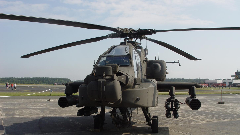 Ein US-Militärhelikopter bei einem Manöver unweit von Illesheim (Mittelfranken). Derzeit und in den kommenden Wochen könnte es auch in Forchheim und rund um Hausen/Heroldsbach zu nächtlichen Manövern der amerikanischen Streitkräfte kommen.