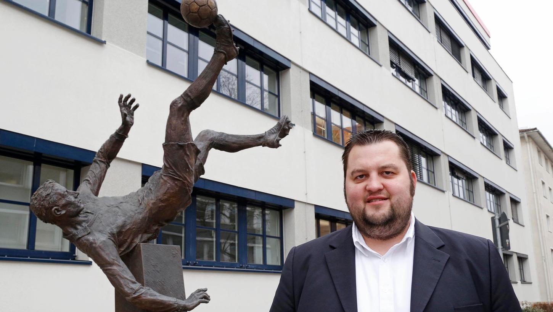 Mann vom Fach: Andreas Tschorn ist Sportökonom und Fußball-Historiker.