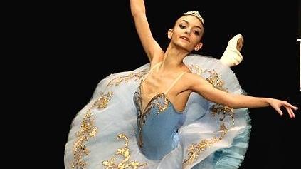 Die große Leidenschaft von Christina Meerich ist Ballett. Sie trainiert sechs Mal in der Woche und war schon bei einigen Wettbewerben erfolgreich.