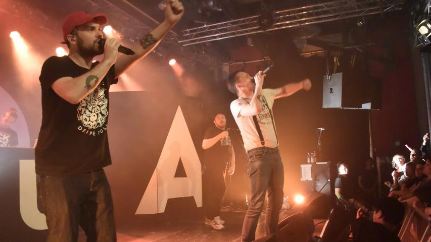 Bekannte Bands sorgen regelmäßig für ein volles Haus: Hier heizt die Rap-Gruppe Antilopen Gang ein.
