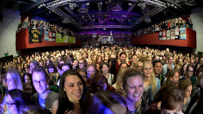 So sieht es aus, wenn - wie hier bei der Show von Joris - ein Konzert für einen vollen E-Werk-Saal sorgt.